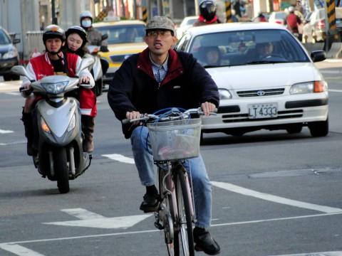 Taiwan traffic, bike