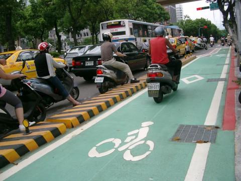 Fahrradweg Dunhua Rd. Taipei