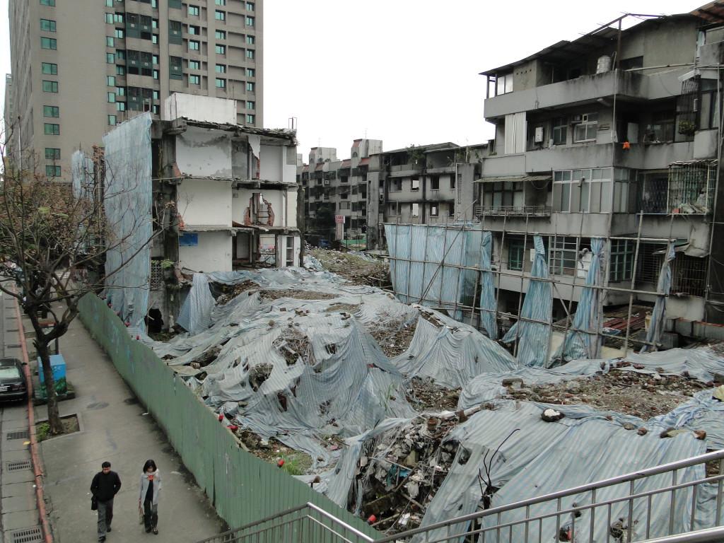 Abriss Urbal Renewal Taipei
