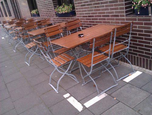 Restaurant Stühle Begrenzung Außengastronomie