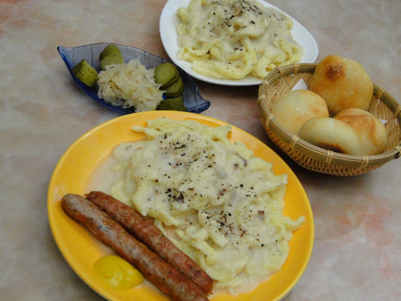 Bratwurst Sauerkraut