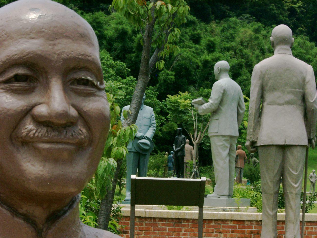 CKS Statuen