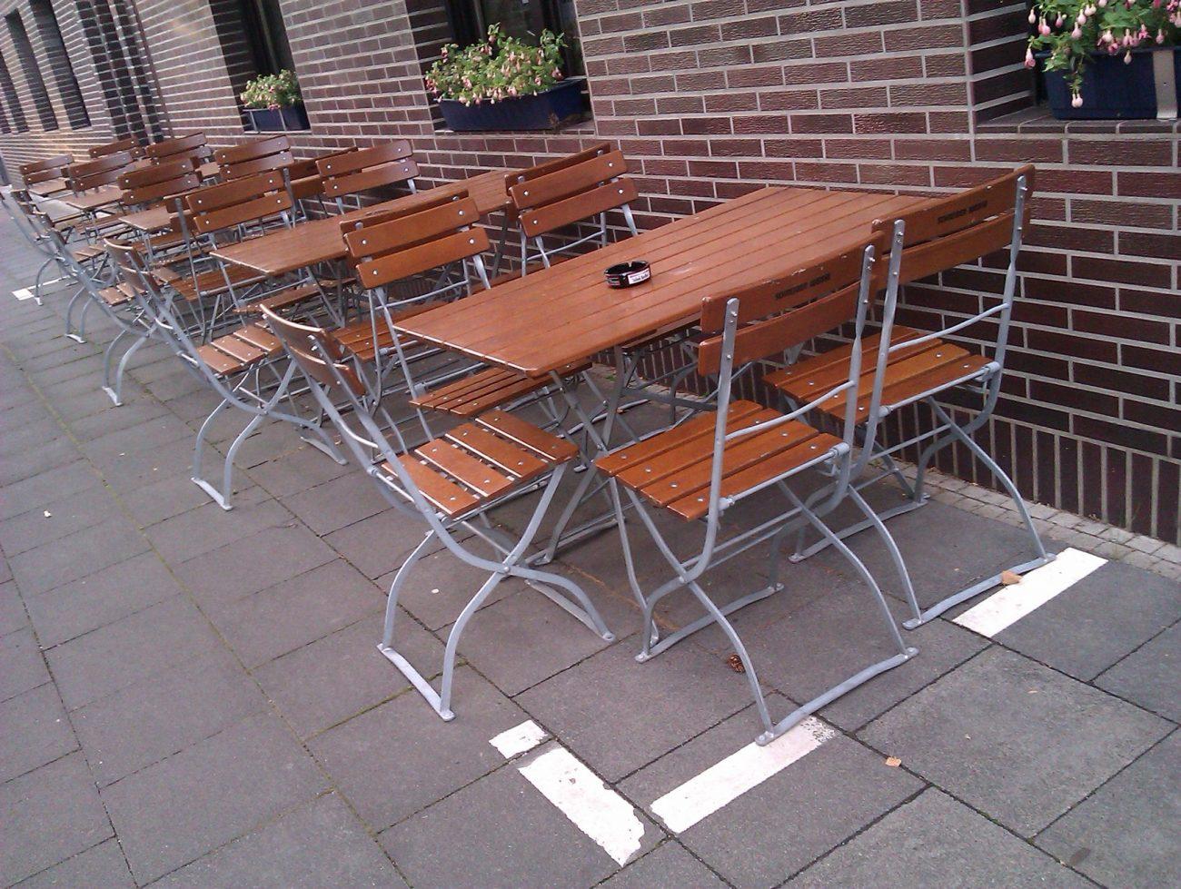 Stühle Restaurant Köln Ordnungsamt Striche